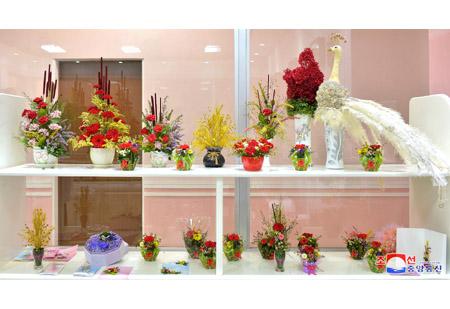 인기를 끄는 말린꽃제품들