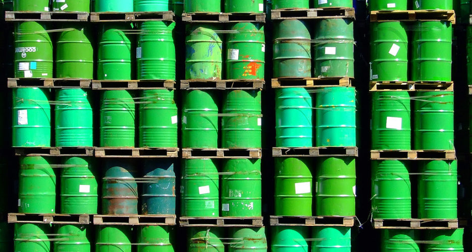 North Korea goes two years without official crude oil from China