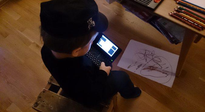 black hat hacker photo