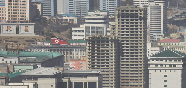 New 30+ floor buildings next to major Pyongyang square suggest regulations changing