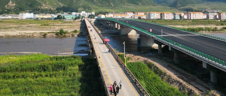 New Sino-DPRK cross-border road bridge may open soon, photos suggest