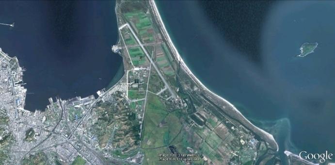 2013-6-19-Wonsan-intl-airport-1-690