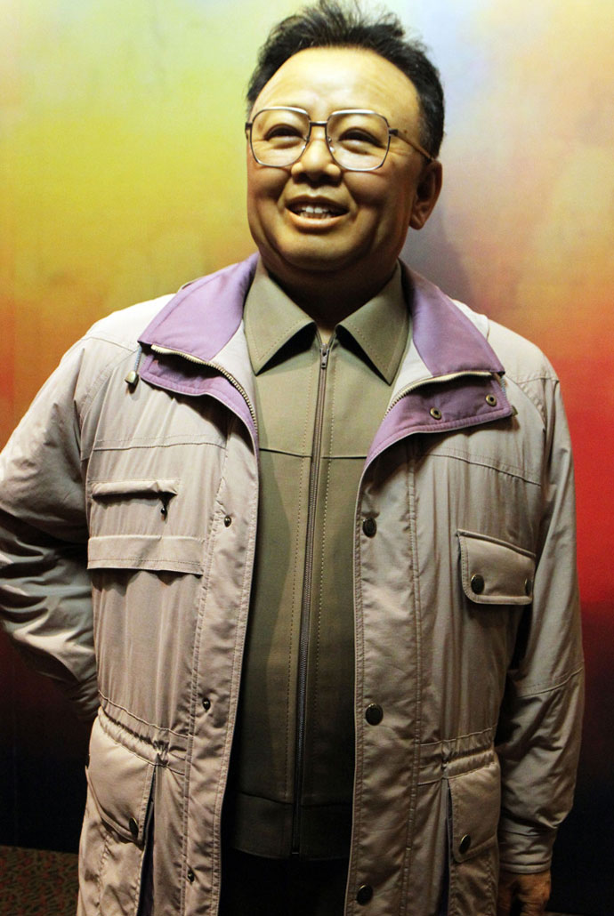 kim-jong-il-waxwork-6