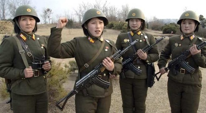 NK female soldiers with Type-88 rifles