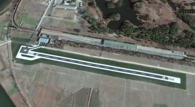 Songdowon Airfield, November 15, 2014 | Google Earth