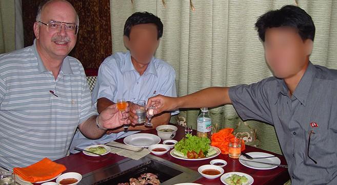 DPRK-Family-200206-DSC05016 blur2