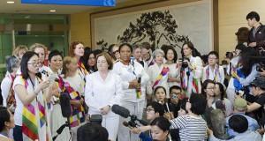 Women activists cross DMZ between North, South Korea