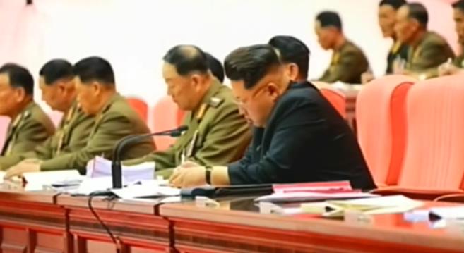 Hyon Yong Chol and Kim Jong Un at a KPA meeting | Photo: KCTV