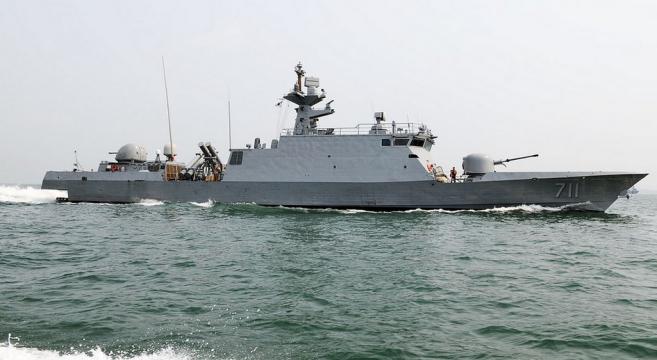 North Korea fires on South Korean patrol boat near Yeonpyeong Island