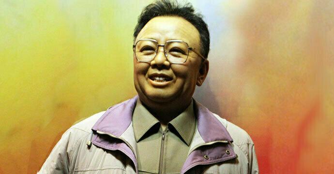 China presents North Korea with Kim Jong Il waxwork