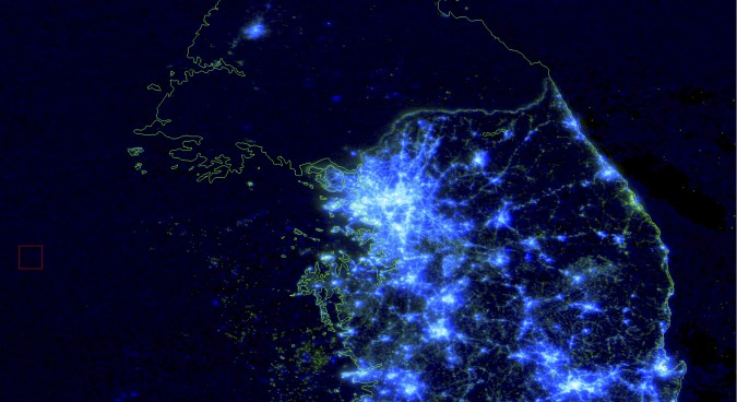 What night-time satellite imagery says about N. Korea – and what it doesn't