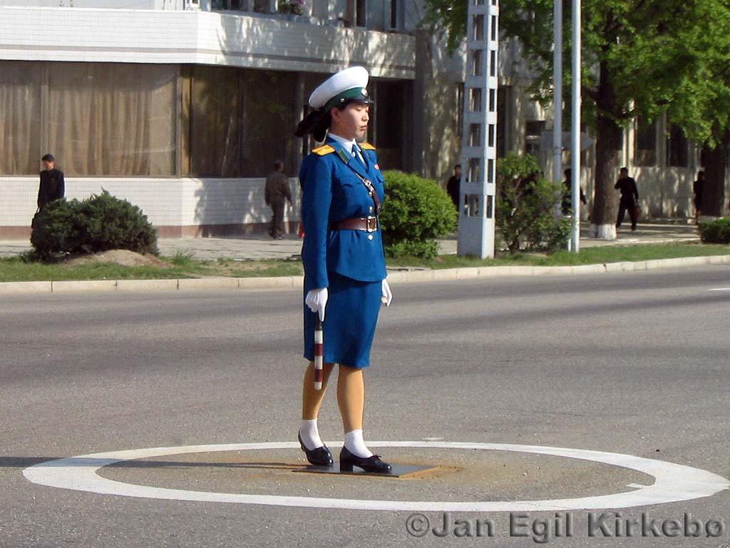 EXCLUSIVE: Pyongyang Traffic Girls - 178.8KB