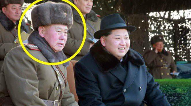 Kim Jong Un promotes senior military officials