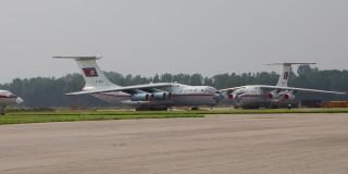 14960913128_40b5e6b8c4_b_Ilyushin-Il-76-Korea