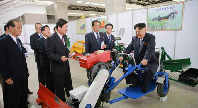 N.Korea introduces domestically made vehicles at expo