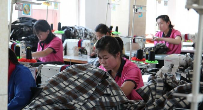 Trade figures between two Koreas drop by over 99 percent