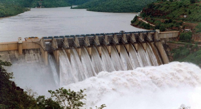 N.Korea releases large amounts of water from Hwanggang dam