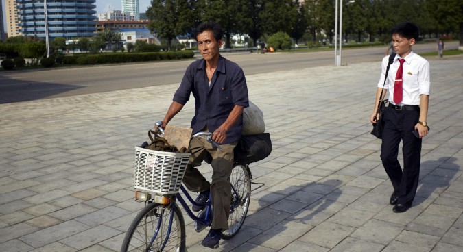 Photo Pyongyang # 2: Former residents explain what tourists see