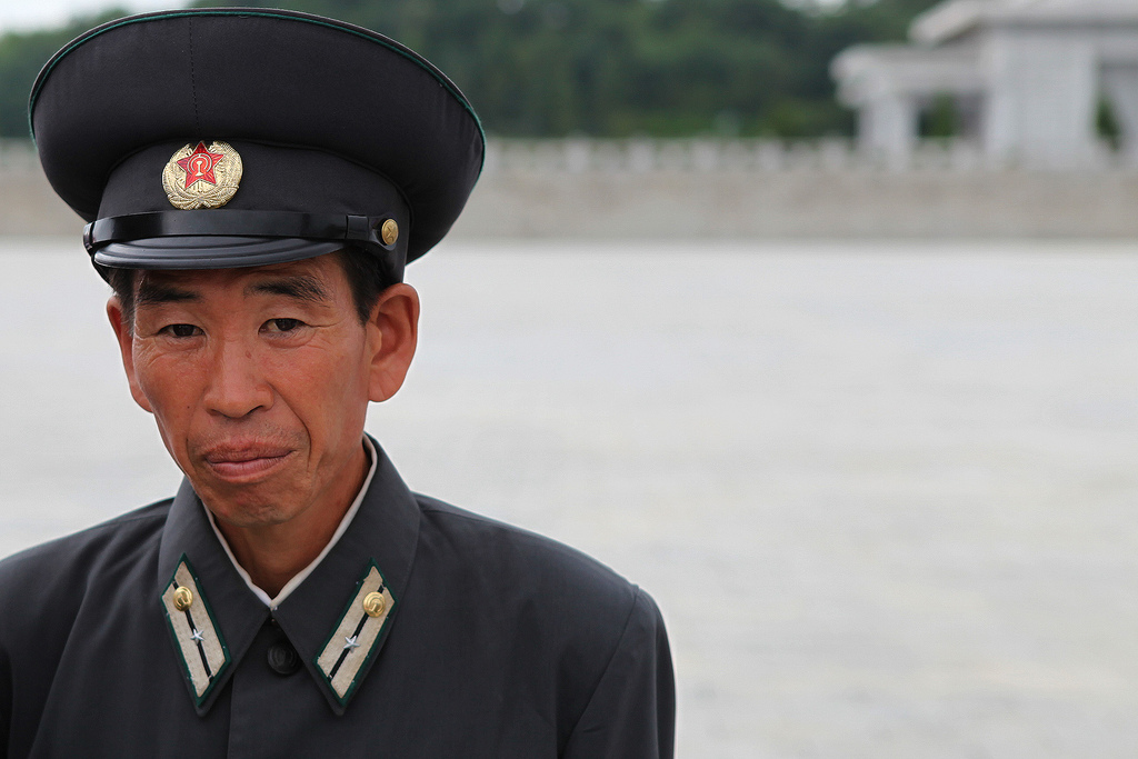 men in uniform  north korea u0026 39 s rank insignia