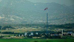 6944717188_f2795580aa_b_south-korea-north-korea-border