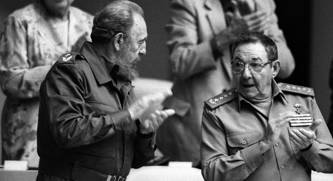 Fidel and brother Raúl, who took over the Cuban presidency in 2008 | Source: Estudios Revolución Consejo de Estado de Cuba