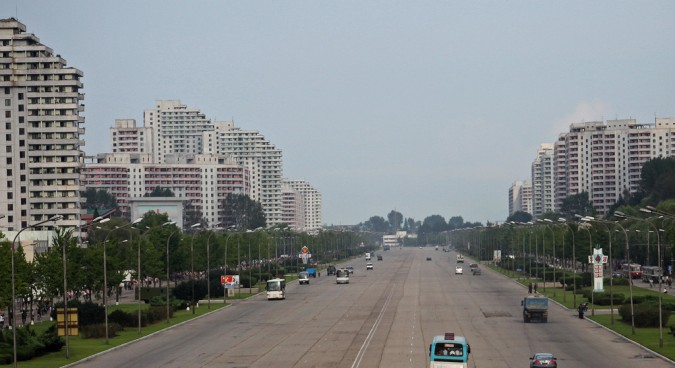 pyongyang street photo