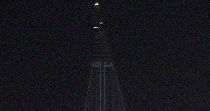 Lights on at North Korea's Ryugyong 'hotel of doom'