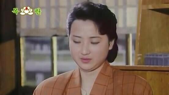 Pyongyang pin-ups: North Korea's film and TV beauties