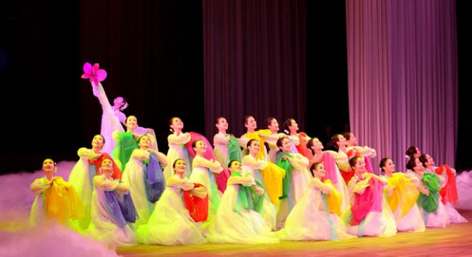 500 foreigners to attend N. Korea's Spring Friendship Art Festival in April