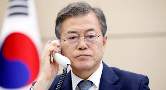 President Moon to raise Japanese abductee issue with Kim Jong Un: Blue House