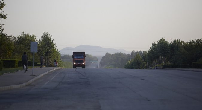 Two Koreas to cooperate on modernizing the North's highways