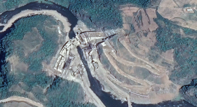 DPRK highlights progress on major infrastructure, energy project near Tanchon