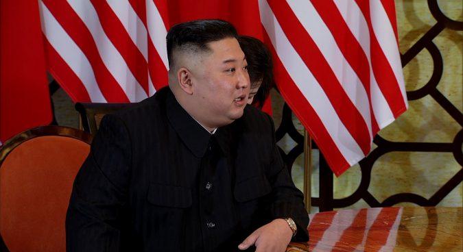 Kim, Trump begin second day of talks in Hanoi