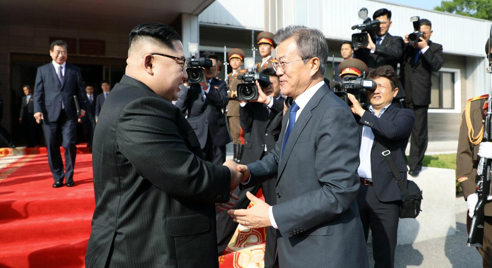 South Korean President says he's ready to meet Kim Jong Un 'regardless of venue'