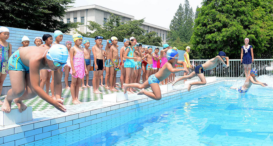 Ask a North Korean: Are North Koreans good swimmers?