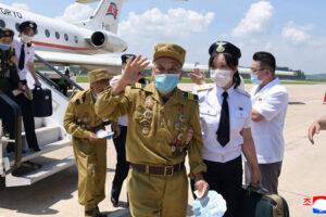 Elderly North Korean war veterans fly into Pyongyang for major conference