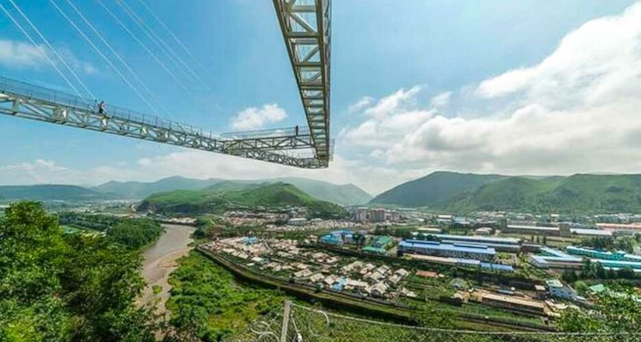China's glass-floor tourism craze arrives at North Korea's doorstep
