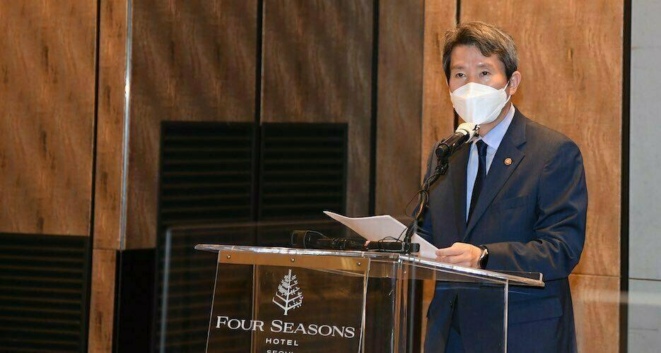 Seoul seeks aid for North Korea despite missile tests: unification minister