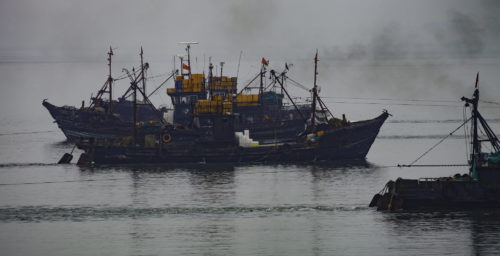 Chinese ships avoid illegally entering North Korean seas as fishing season opens